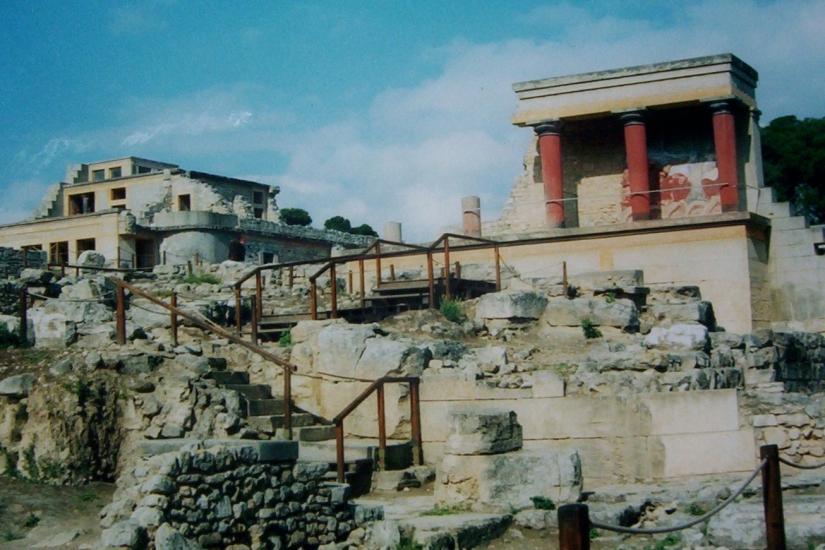 Greece2001Knosos425